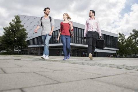 Studierende an der CAU