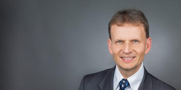 Dr Michael Kiel