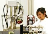 Yuni in the lab