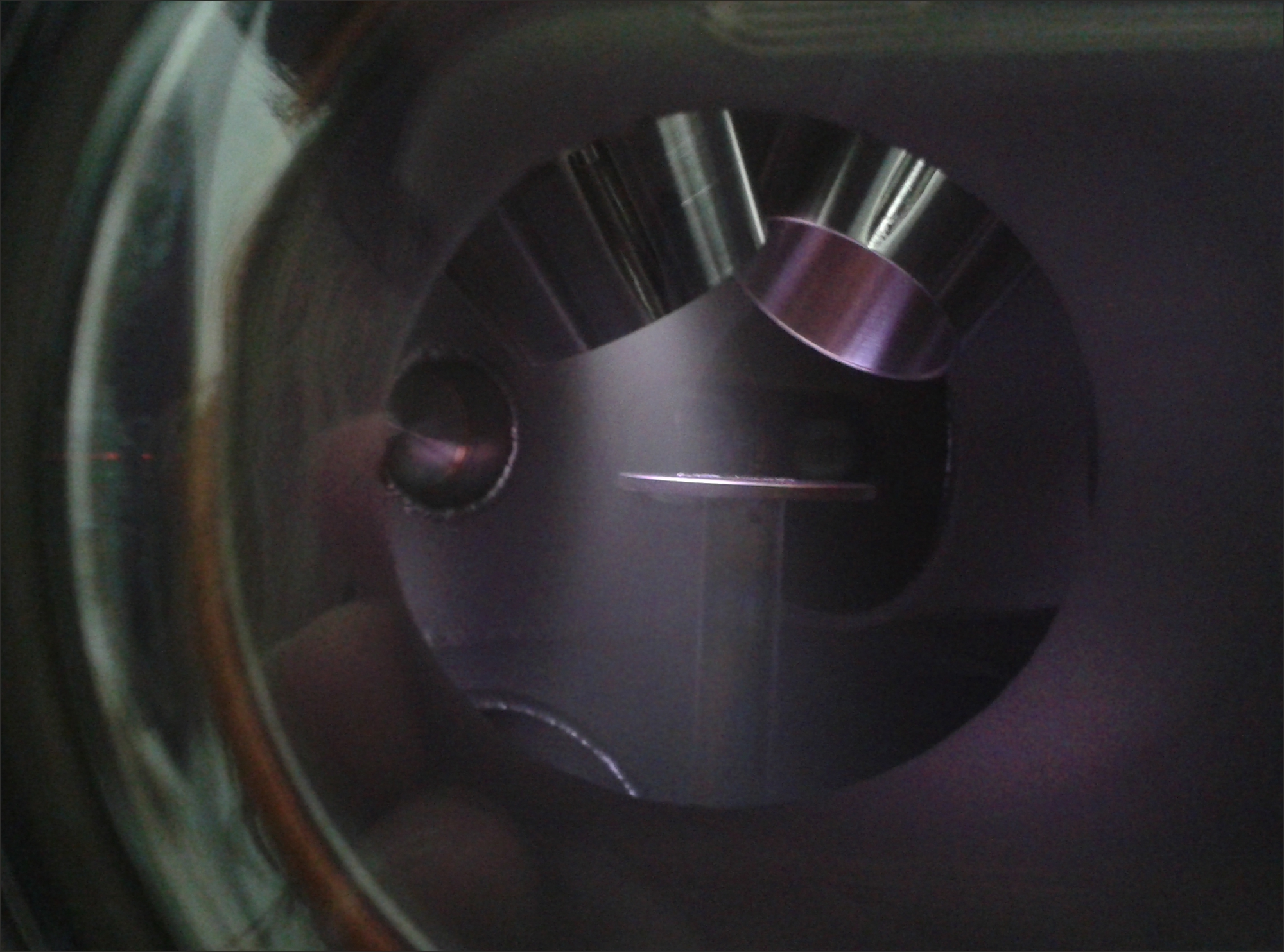 Copper-target in vacuum chamber